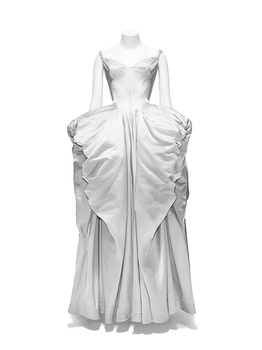 Interruption Ball Gown, Charles James (American, born Great Britain, 1906– 1978), 1951; Brooklyn Museum Costume Collection at The Metropolitan Museum of Art, Gift of the Brooklyn Museum, 2009; Gift of Mr. and Mrs. Robert Coulson, 1964 (2009.300.1311). Image courtesy of The Metropolitan Museum of Art, Photo © Nicholas Alan Cope
